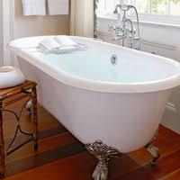 using a bathtub for a water birth