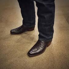 Comfortable Western Boots 40 Effective Ways To Style Lucchese Boots The Comfortable Western