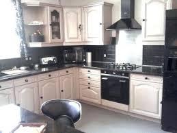 relooker une cuisine en chene relooker sa cuisine repeindre les placards renovation cuisine cbl