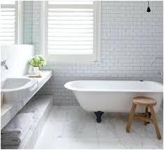 light gray tile bathroom floor light grey grout thefarmersfeast me