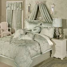 Designer Bedspreads And Comforters Luxury Bedding Comforter Sets Touch Of Class