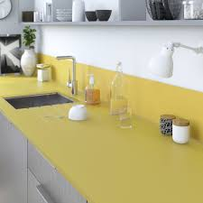 plan de travail cuisine verre plan de travail sur mesure verre laqué jaune anis ep 15 mm leroy