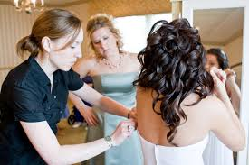 wedding coordinator should your friend or family be your wedding planner