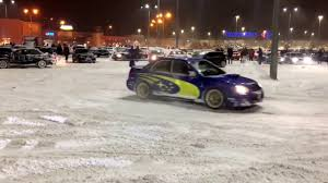 subaru rally snow subaru wrx sti vs golf r32 in the snow fun 2017 youtube