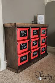 Wooden Toy Box Plans by Get Free Plans For A Toy Box Any Kid Would Love