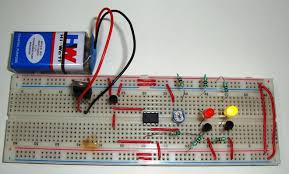temperature activated light switch controlled leds using lm35