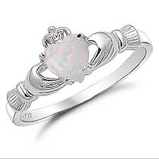 claddagh ring meaning the claddagh ring and its meaning mythologian net
