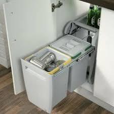 kitchen cabinet waste bins space saving waste bin cozinha ideias pinterest space saving