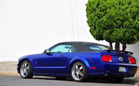 2005 Ford Mustang Gt Black 2005 Ford Mustang Gt Convertible Black Top Over Blue Met U2026 Flickr