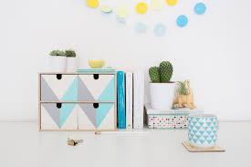 Petite Table De Jardin Ikea by Transformez Ce Rangement Ikea Pour Embellir Votre Bureau