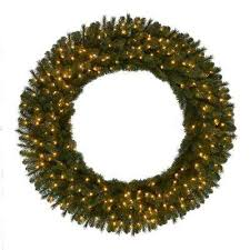 Outdoor Garland With Lights by Plug In Christmas Wreaths Christmas Wreaths U0026 Garland The