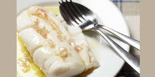 comment cuisiner un brochet brochet au beurre blanc recettes femme actuelle