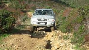 mitsubishi pajero 3 di d 3 2 v60 3 3 climbing off road youtube