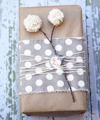 bridal shower wrapping paper 20 creative gift wrapping ideas makoodle