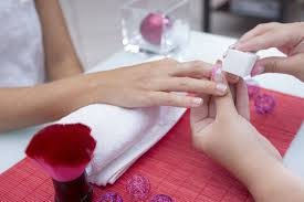 nail technician courses become a qualified nail technician