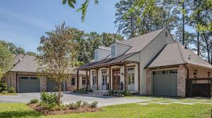 wesley thomas inc specializes in custom home construction and