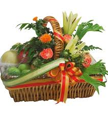 fruit flower arrangements fruit gift basket fabulous fruit gift baskets gifts
