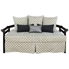Daybed Covers And Pillows Fabulous Fitted Daybed Covers With Many Pillows U2026 Pinteres U2026