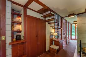 the frank lloyd wright designed louis penfield house in ohio is