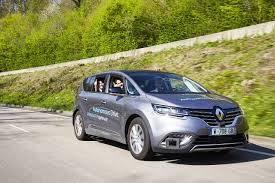 renault alliance hatchback autonomous vehicle groupe renault