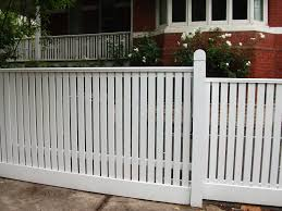 tedsfencing traditional pickets