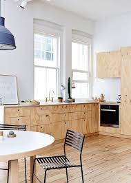 les meubles de cuisine cuisine en bois contreplaqué des meubles tendance côté maison