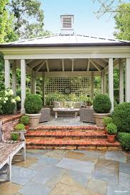Building A Covered Porch Https Www Pinterest Com Luciaas Courtyards Terra