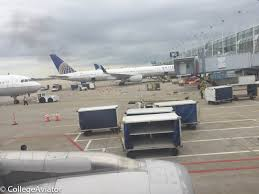 united airlines luggage policy review of united flight from minneapolis to chicago in premium eco
