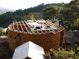 How To Build A Floor For A House British Woman Built A Diy Mud House For Only 5 000