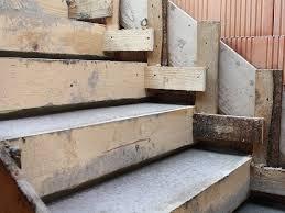 treppe betonieren wiedemann bauunternehmen betonarbeiten beton