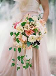 cascading bouquet 27 stunning cascading bouquets for every type of wedding brit co