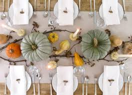 how to set a thanksgiving table thanksgiving pumpkin centerpieces thanksgiving table thanksgiving