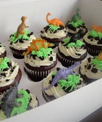 dinosaur cupcakes make mini dinosaur volcano cup cakes a cupcake addiction how to