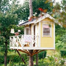 House Simple Simple Tree Houses Here U0027s A Simple Tree House With A D