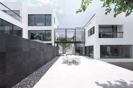 two house bridged house ida billy architects archdaily