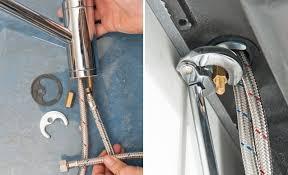 remplacer robinet cuisine changer robinet cuisine plomberie comment raccorder un mitigeur à