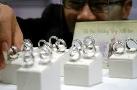 harga cincin jewelry adelle jewellery rilis koleksi cincin kawin unik gaya tempo co
