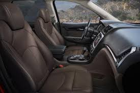 Chevy Traverse Interior Dimensions 2015 Gmc Acadia Vs 2015 Chevrolet Traverse What U0027s The Difference