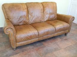 Distressed Leather Sofa by Distressed Leather Sofa Home And Garden Decor Best Quality Of
