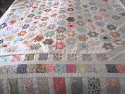 mums vintage sewn hexagon patchwork quilt small hexagons