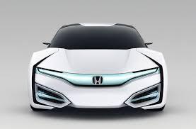future honda honda u0027s hydrogen car is much more futuristic than toyota u0027s mirai