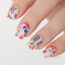 floral nail art inspired by emmy rossum u0027s oscar de la renta gown