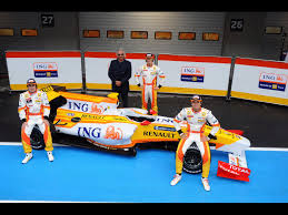 renault f1 alonso 2009 renault f1 r29 fernando alonso and flavio briatore and