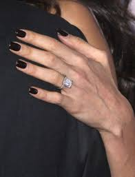 engagement rings 600 amal clooney engagement ring divorce 03 jpg 600 787