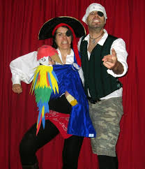 awesome babywearing costume sylvie and family as pirates and