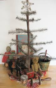 primitive christmas tree primitive christmas tree ornaments and decoration in primitive style