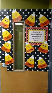 Halloween Decorations For Preschoolers - best 25 fall classroom decorations ideas on pinterest fall
