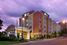 Comfort Inn And Suites Chattanooga Tn Holiday Inn Chattanooga Downtown Tn Booking Com