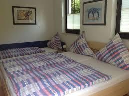 Schlafzimmer Bett Mit Erbau Ferienwohng Haus Kollwitzweg Fewo Direkt