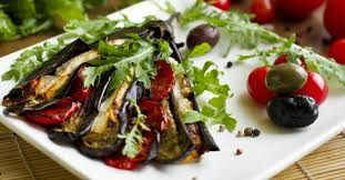 cuisiner aubergine four recette de aubergine tomate et mozzarella rôties au four